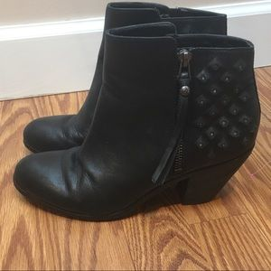 SAM EDELMAN zip up ankle booties
